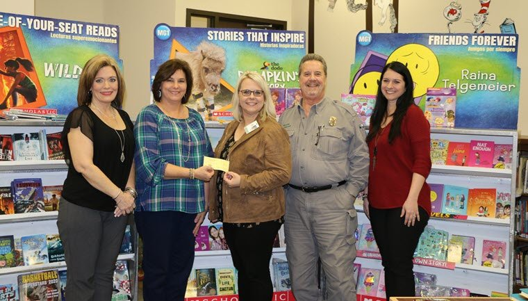 Kiwanis Club of Orange Raises $500 for Little Cypress Elementary