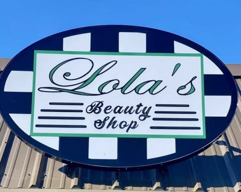 Lola's Beauty Shop Opens in Orange