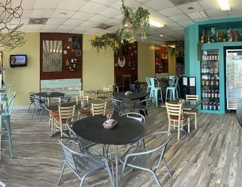 Chalkboards Coffee & Cafe Opens in Bridge City