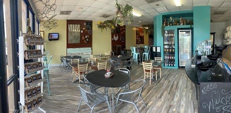 Chalkboards Coffee & Cafe Opens in Bridge City